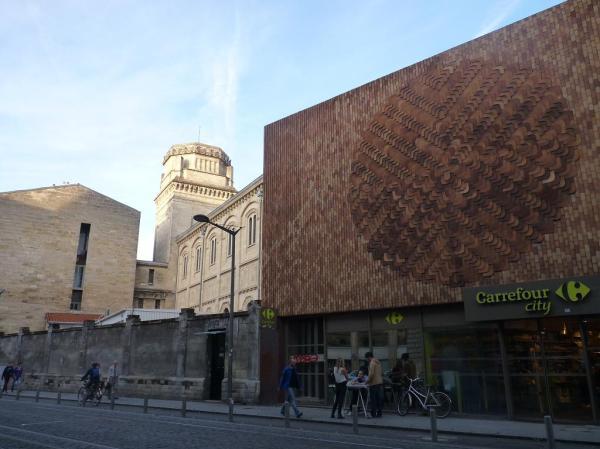 Synagogue et temple de la consommation
