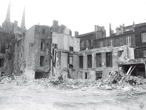 Les premières destructions de Mériadeck en 1955 (source : http://meriadeck.free.fr)