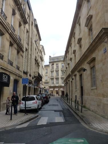 La rue Fénelon dans son intégralité.