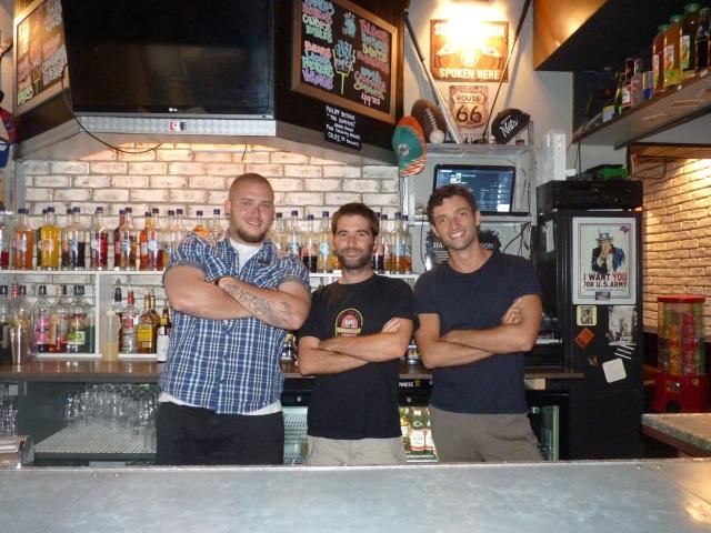Louis, Vinjo, et Greg, éphémère visiteur lillois