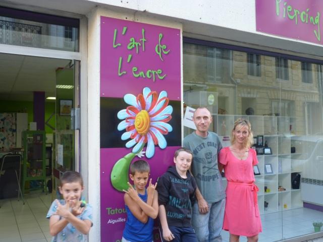 Seb, Marielle et leurs enfants.