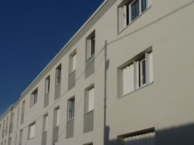 Rue de Blaye, trottoir de gauche
