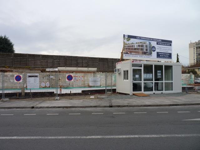 Sur l'ancien chemin Lehû, la manufacture Carmouze très récemment démolie.